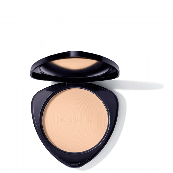 Compact-Powder-02-chestnut