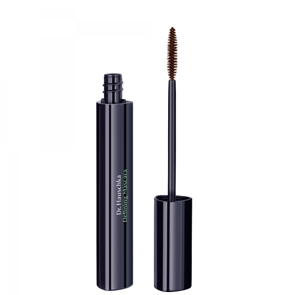 Defining-Mascara-02-brown